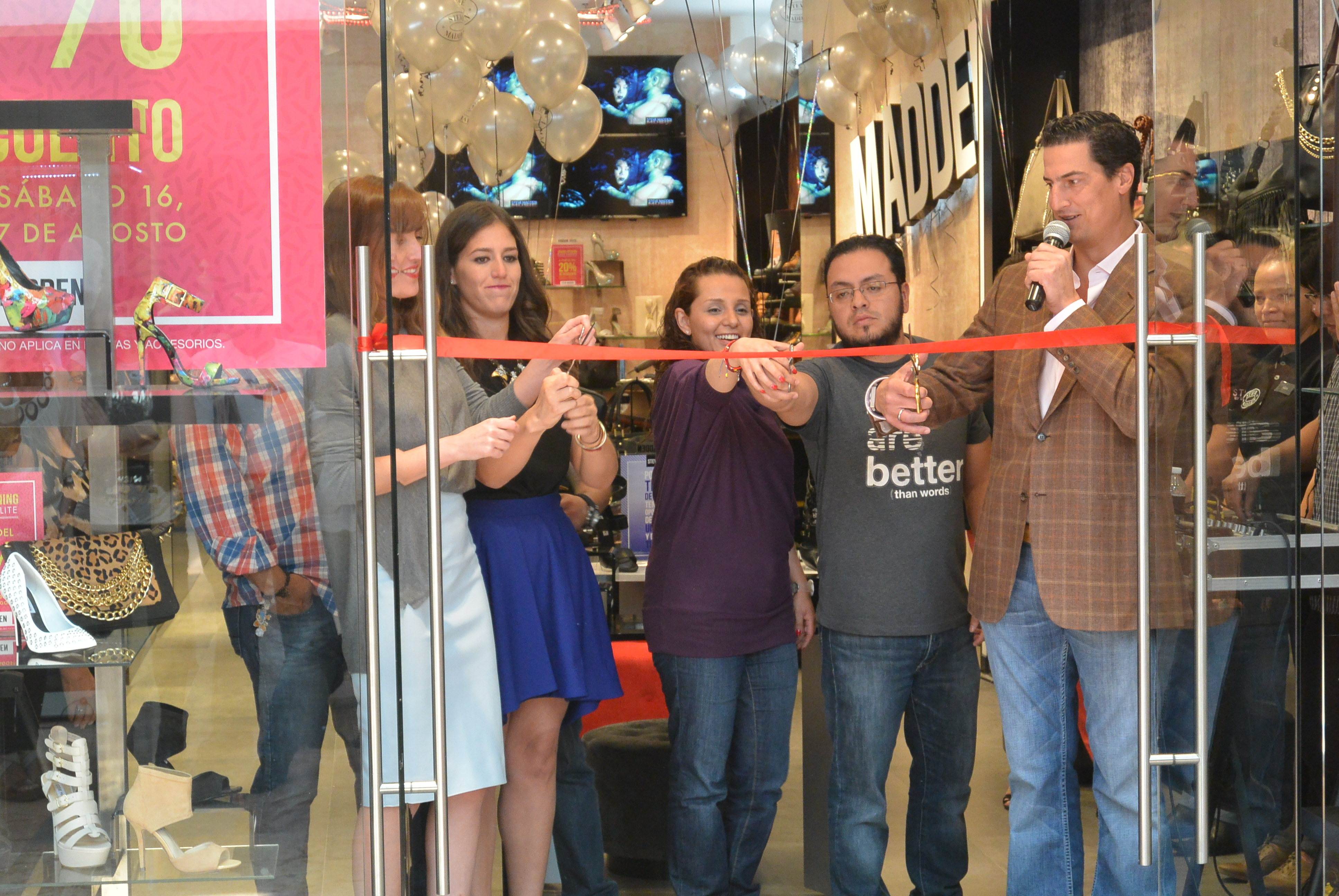 Influencia Visión bruja  Steve Madden inaugura tienda #19 en Satélite – enterateonline