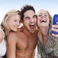 """Playa francesa prohíbe las """"selfies"""""""