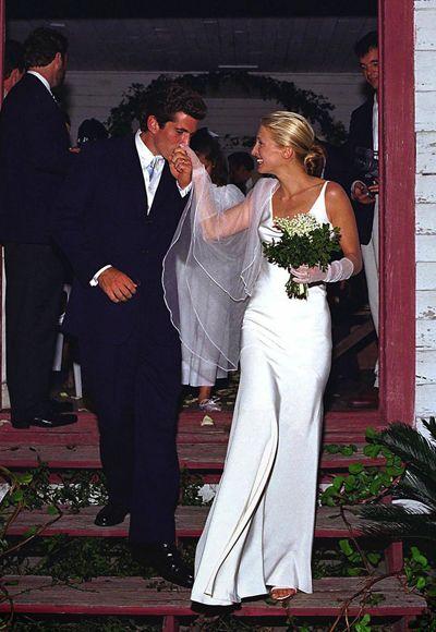 Bessette Kennedy en su boda con John F. Kennedy Jr. / Foto: Pinterest.